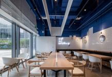 Paras Cafe